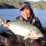 大知昭 御荘湾でシマアジ&大型チヌを釣る/御荘湾 アマゾネス横(愛媛県愛南町)