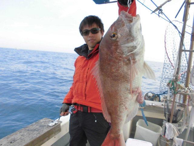 北部九州真鯛トーナメント真鯛持ち