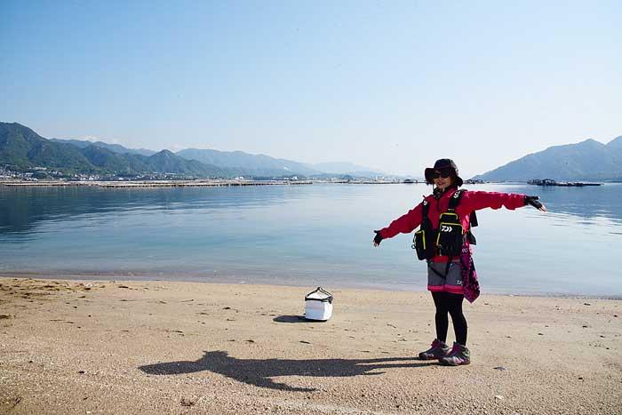 みっぴと宮島の渚 砂浜