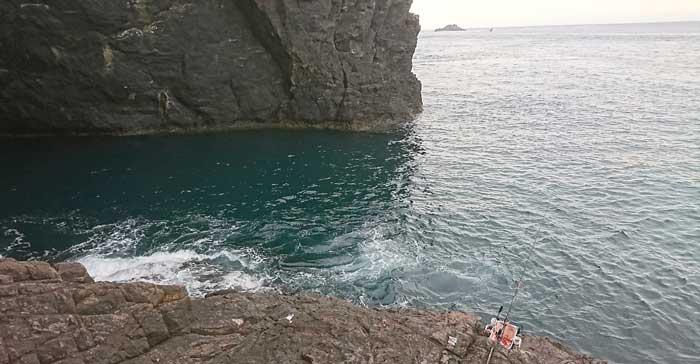 鶴見大島 トンネル ポイント