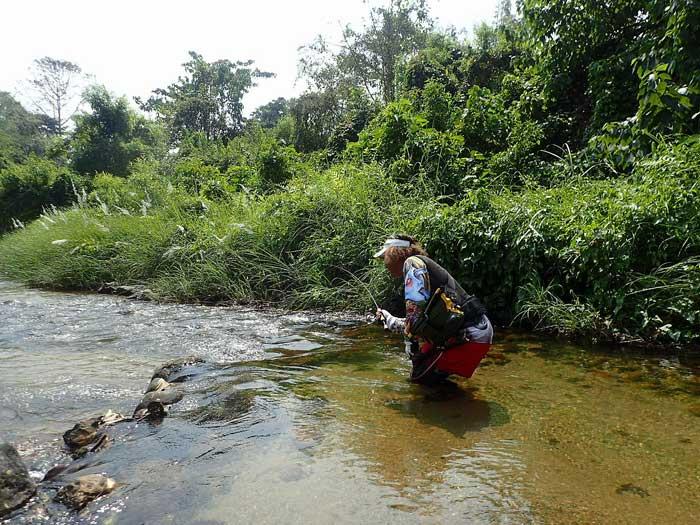 タイ カンチャナブリ クウェー川 やりとり2