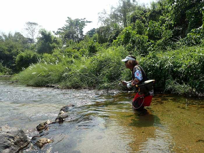 タイ カンチャナブリ クウェー川 やりとり