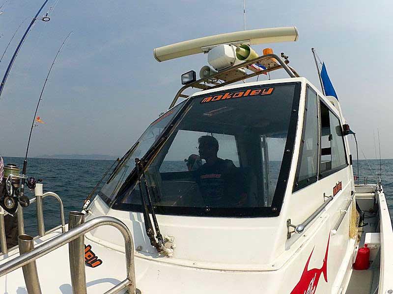 モコリー船 タイランド 釣り