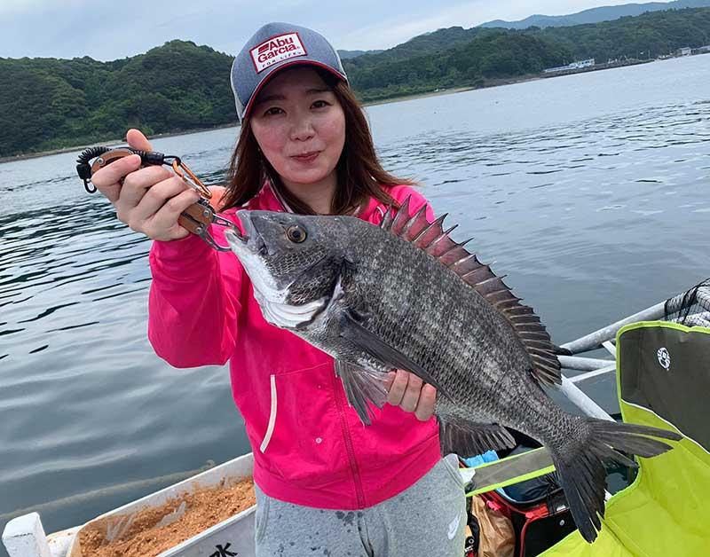 52.5センチ 大型チヌ